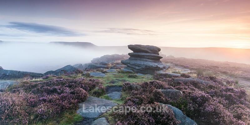 'Heather & Mist', Over Owler Tor_2126 - The Peak District