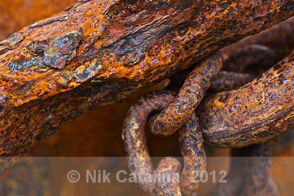 Rusting Anchor Chain - Olde Things