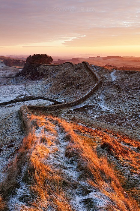 Hadrian's Wall Northumberland | Sunrise over Monument