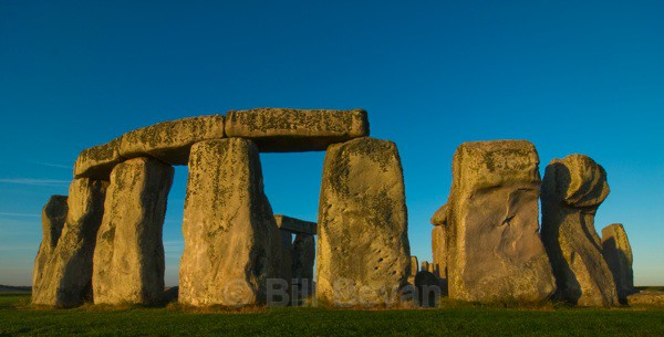 Stonehenge Morning Circle - Stonehenge
