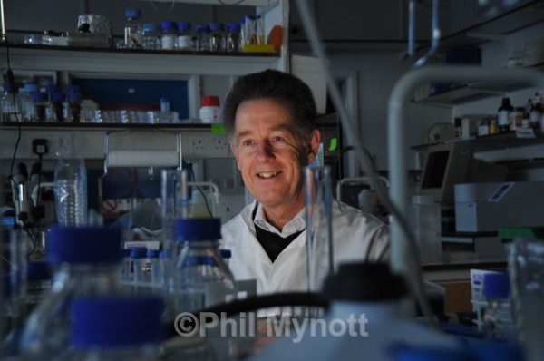 Science research photo Chris Lowe portrait  editorial photography Cambridge UK  Professional Photographer Cambridge UK