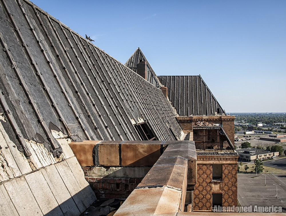 Detroit's Lee Plaza Hotel | Abandoned America
