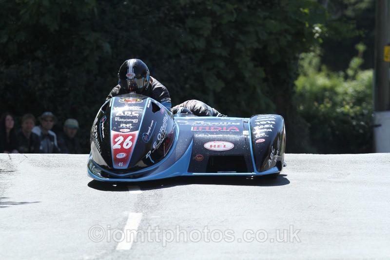 IMG_2391 - Sidecar Race 2 - TT 2013