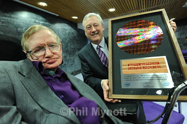 Prof Stephen Hawking Portrait photo Cambridge Uk Cambridge professional Photographer Phil Mynott