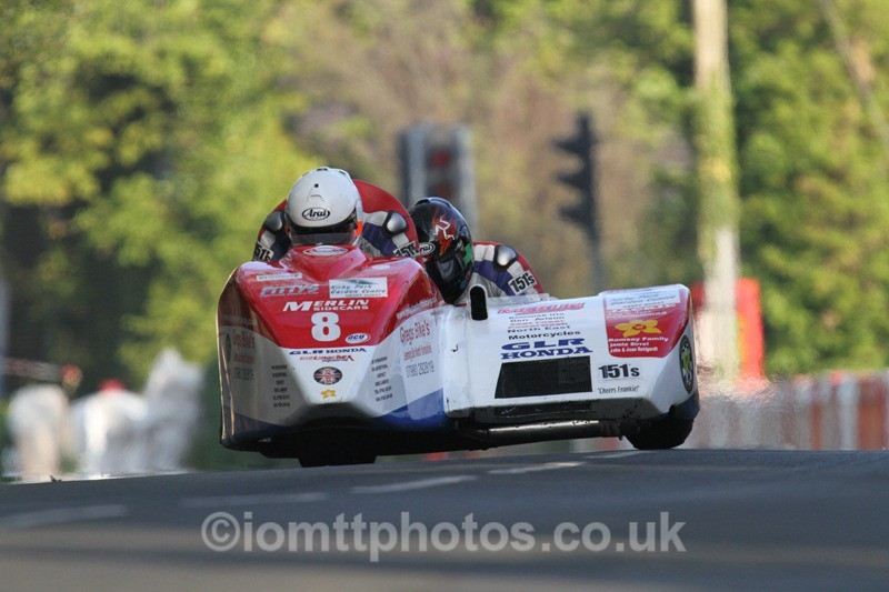 IMG_5447 - Thursday Practice - TT 2013 Side Car