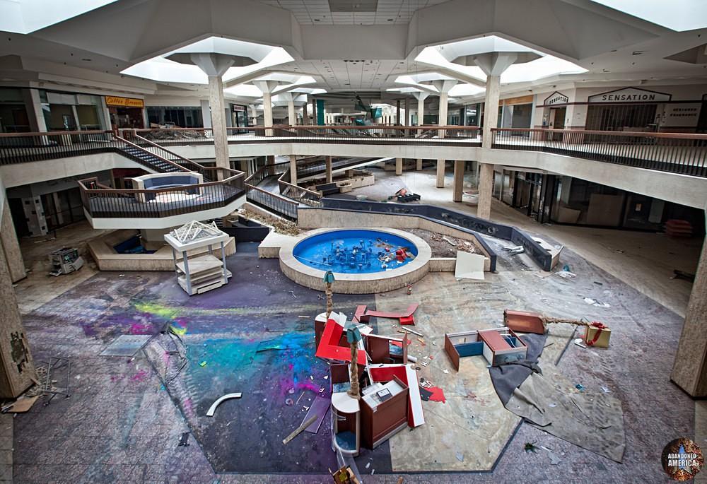 Randall Park Mall (North Randall, OH) | Chaotic Colors - Randall Park Mall