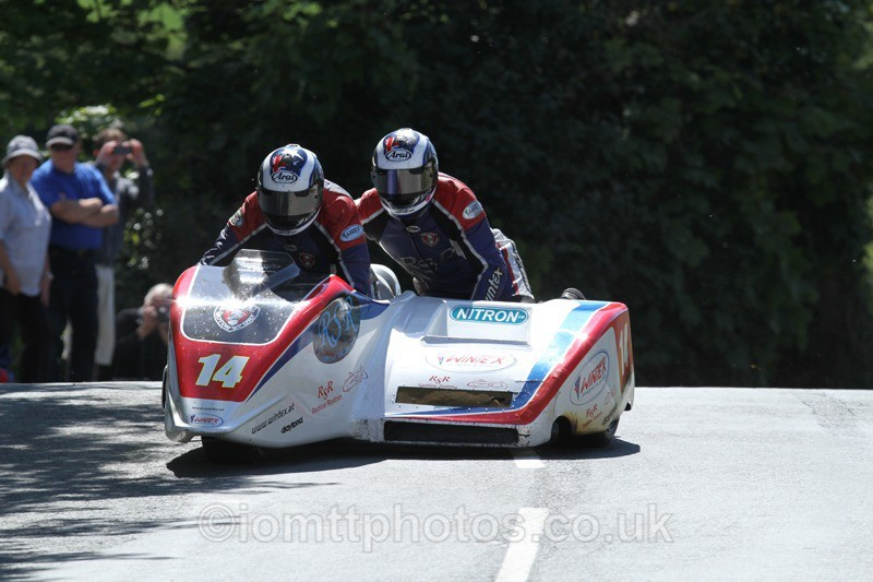 IMG_2308 - Sidecar Race 2 - TT 2013