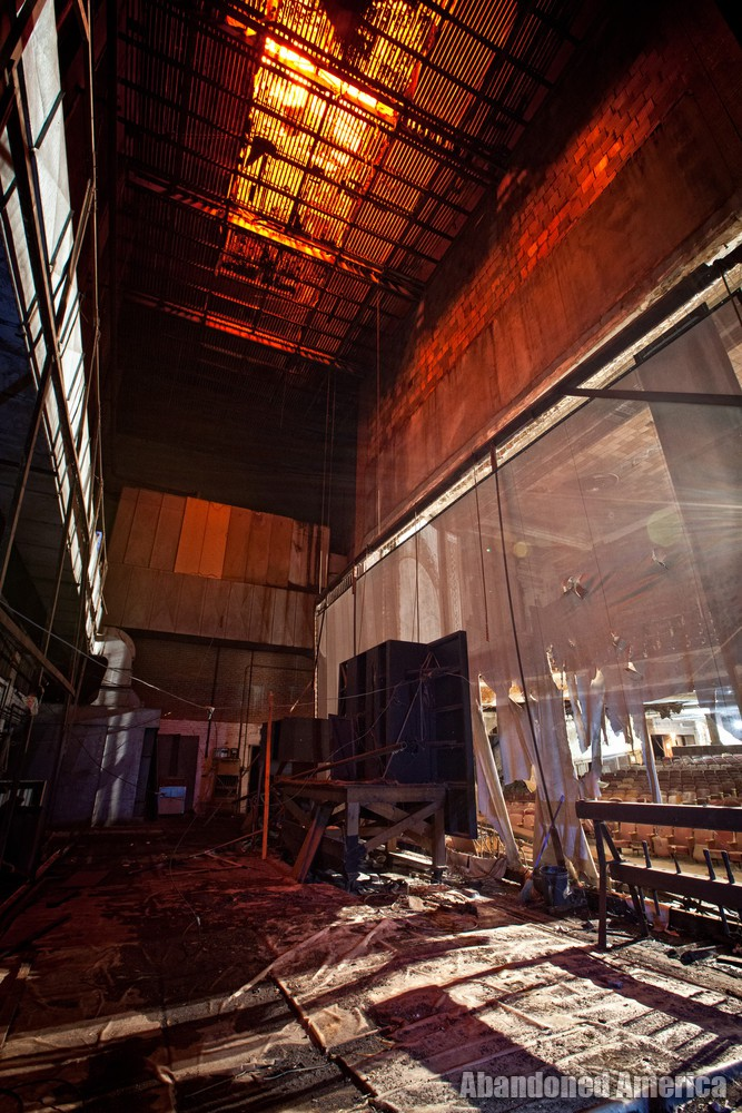 Victory Theatre (Holyoke MA) | Backstage - The Victory Theatre