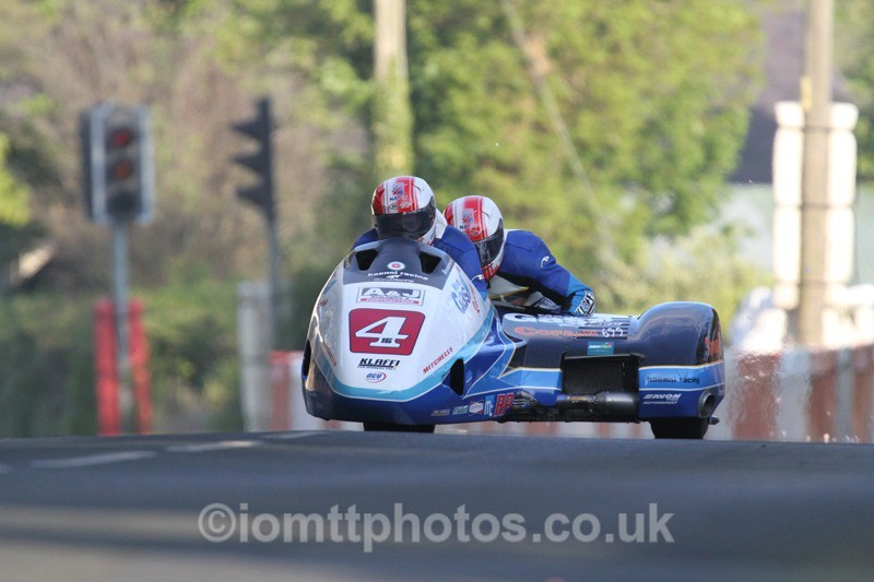 IMG_5431 - Thursday Practice - TT 2013 Side Car