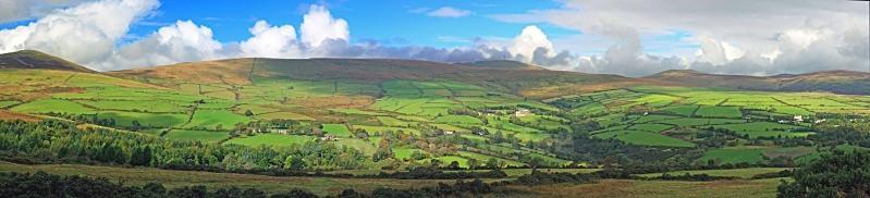 Panorama of Glen Roy - Panorama of Man