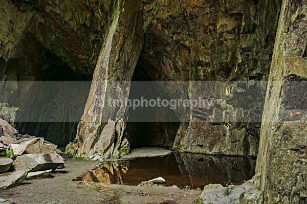 Cathedral Cavern - Lakedistrict