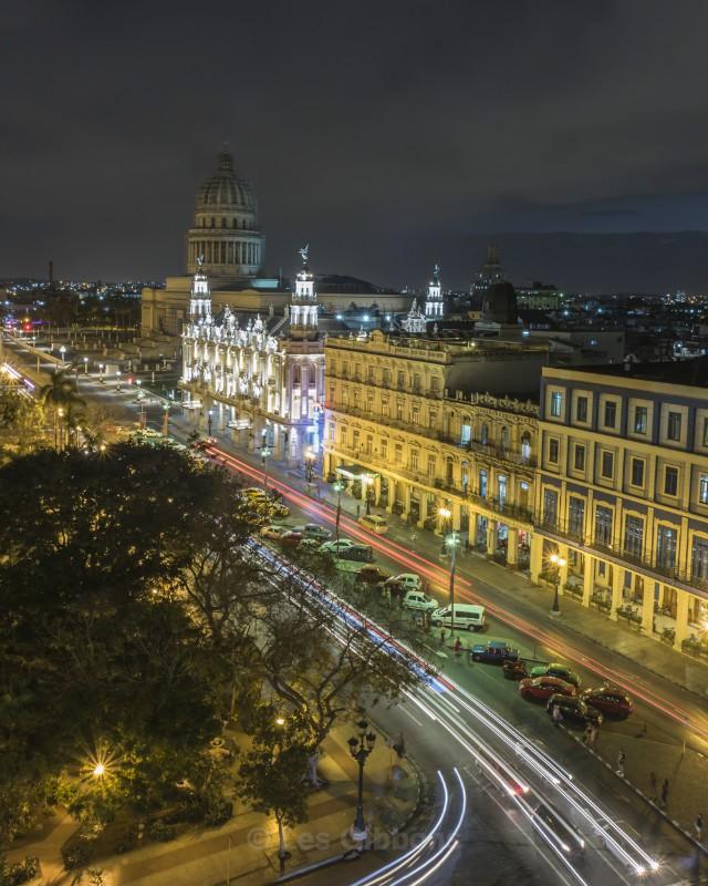 Capitol building at night - Cuba
