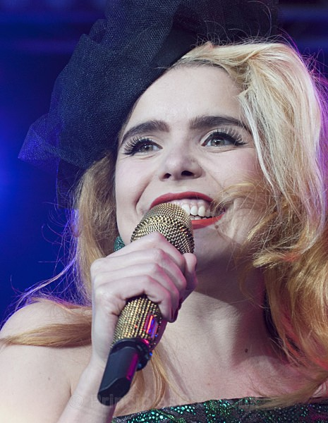 In Close Up - Paloma Faith