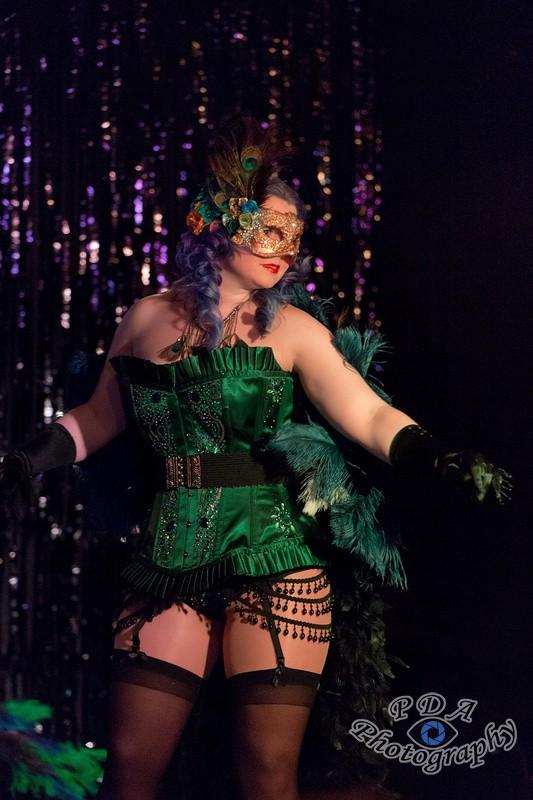 10 Kitty Le Creme Burlesque