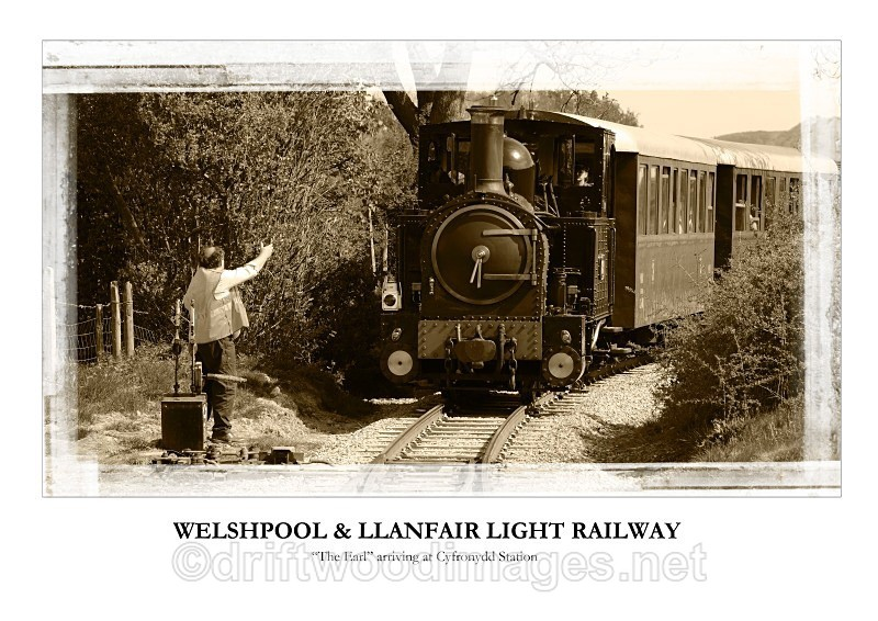 WLLR The Earl arrives at Cyfronydd with the 1540 from Welshpool - The Welshpool & Llanfair Light Railway