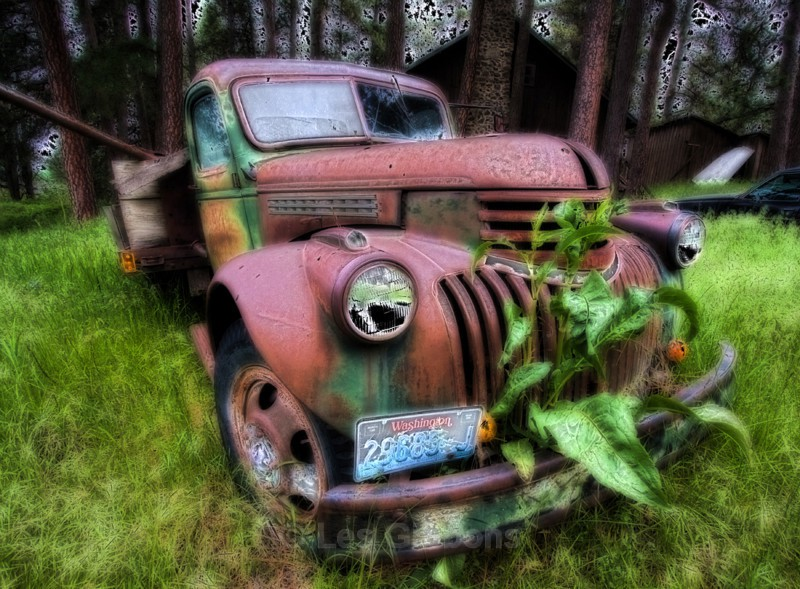 rusty car - Palouse
