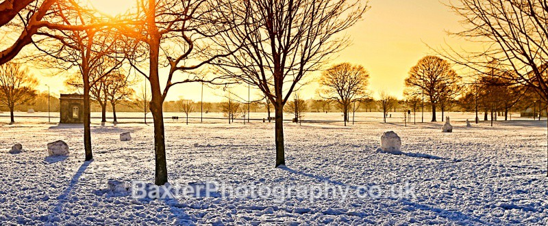 White Christmas Sun - Harrogate Town