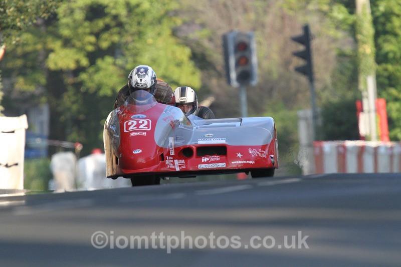 IMG_5508 - Thursday Practice - TT 2013 Side Car