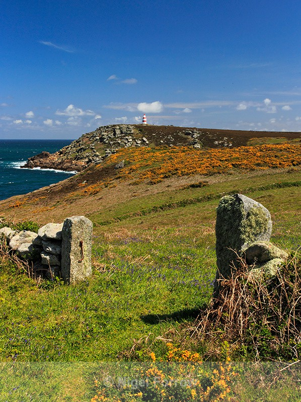 Red & white day mark on St. Martin's Head, Isles of Scilly - Cornwall, England