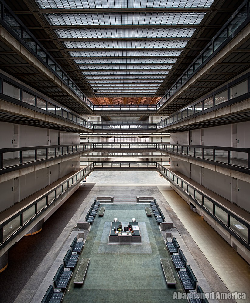 Bell Labs (Holmdel, NJ) | Entry Lobby - Bell Labs