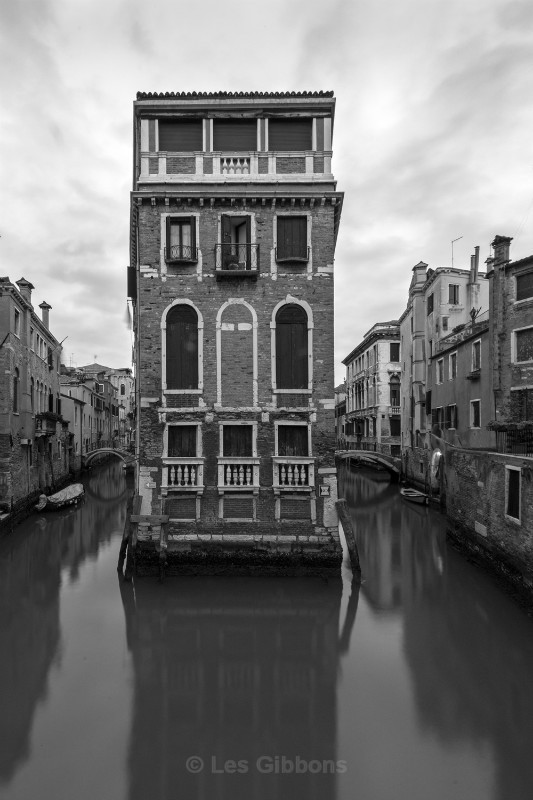 house and canals - Venice