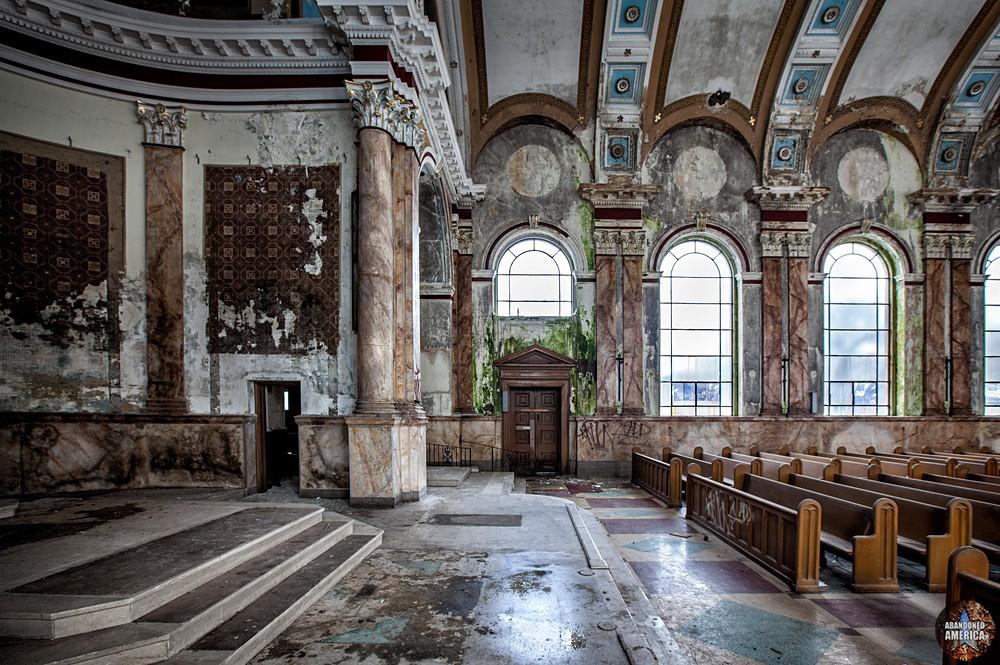 - Church of the Divine Communion