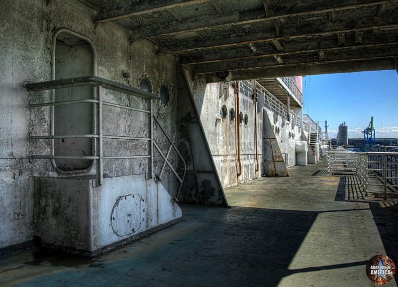 Elevated Doorway | SS United States (Philadelphia, PA) - SS United States