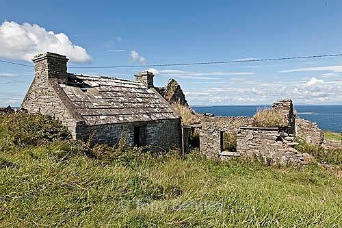 Abandoned cottage in Burren National Park - Ireland
