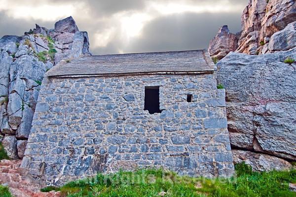 Church1045 - Churches of Wales