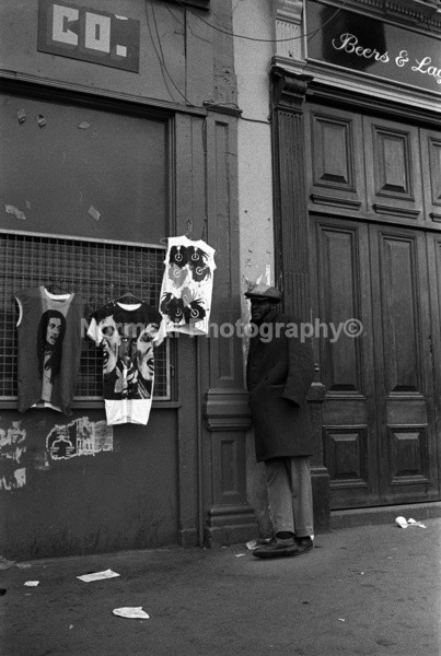 Wall Stall - Reportage