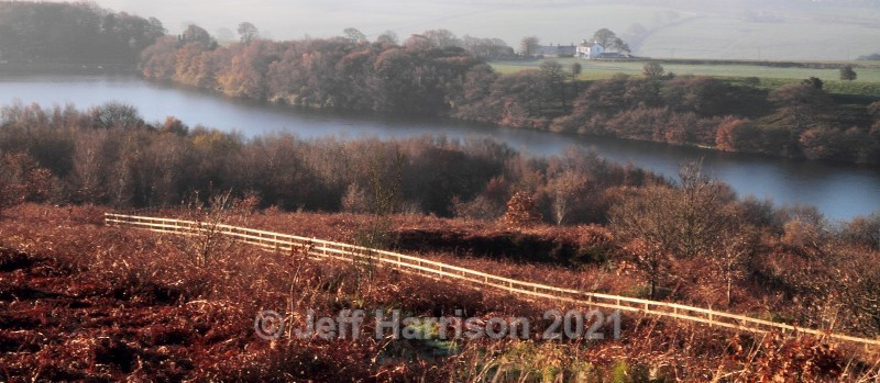 Above Anglezarke Reservoir (image Riv 03) - Landscapes & Skies