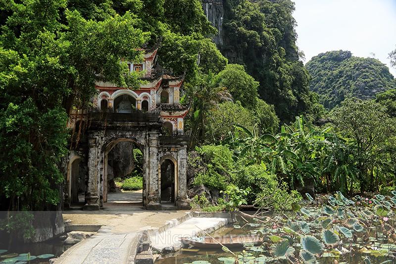 Entrance to Bich Dong pagoda, Tam Coc, Ninh Binh, Vietnam - Vietnam