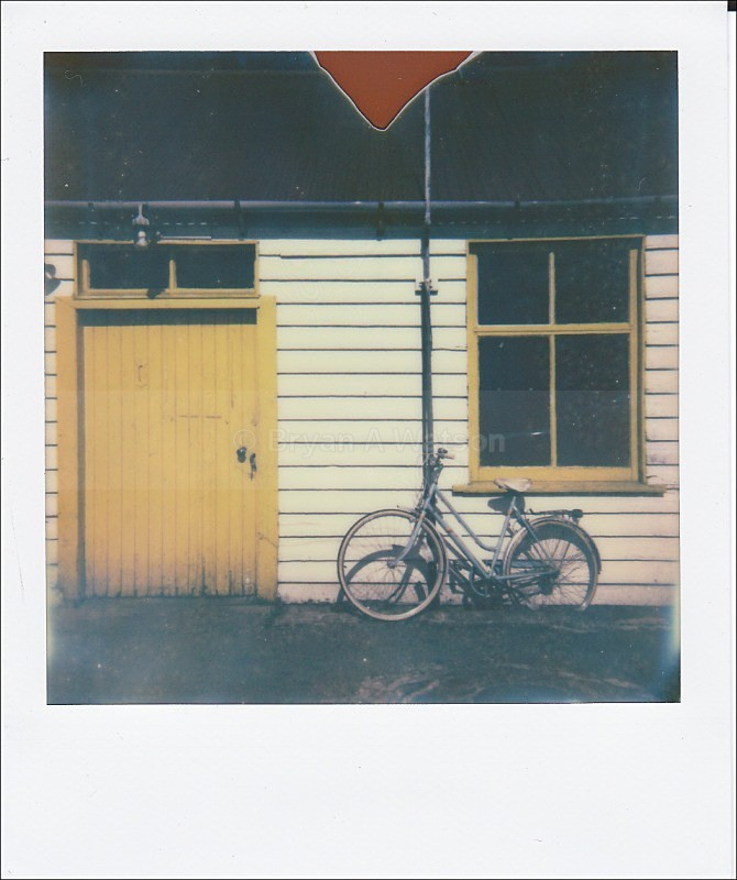 Garage - Polaroid