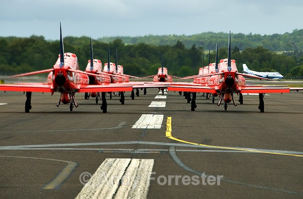 In Formaton - Red Arrows