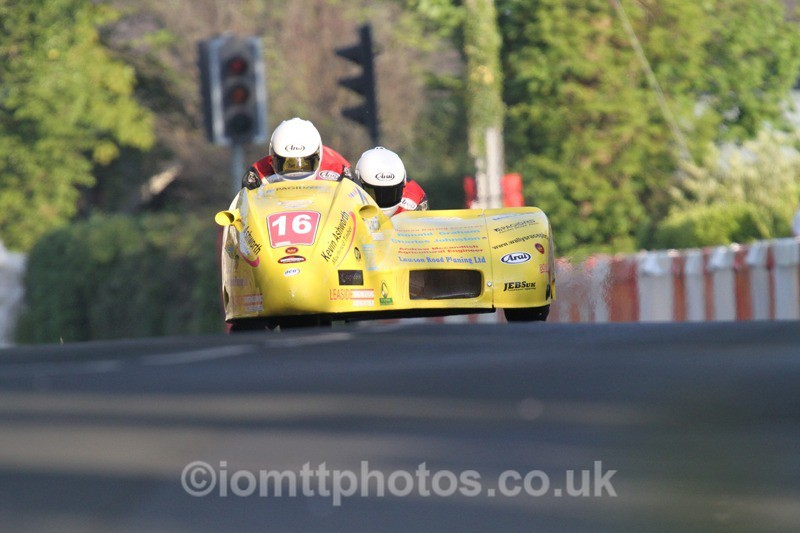 IMG_5483 - Thursday Practice - TT 2013 Side Car