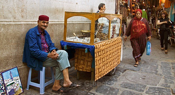 TUNIS - SWEET SELLER - Tunis, Carthage and Sidu Bou Said