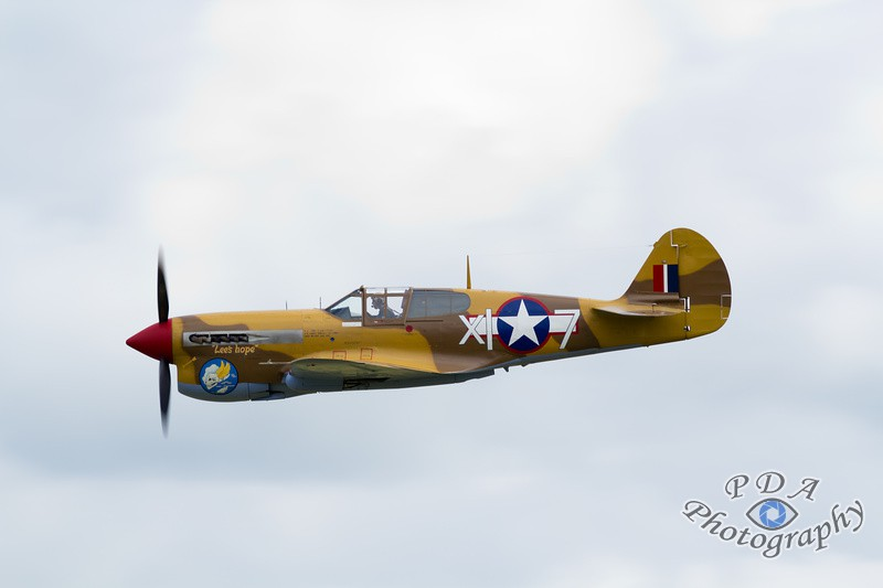 21 Curtiss P-40F