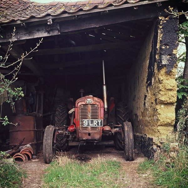 Massey Ferguson Tractor - Transport and Machinery