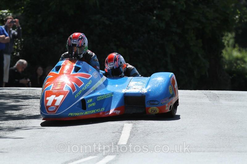 IMG_2319 - Sidecar Race 2 - TT 2013