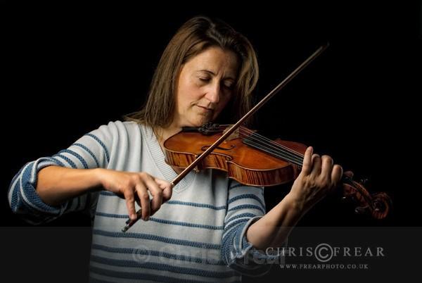 CFB_Violinist-web - Studio Portraits