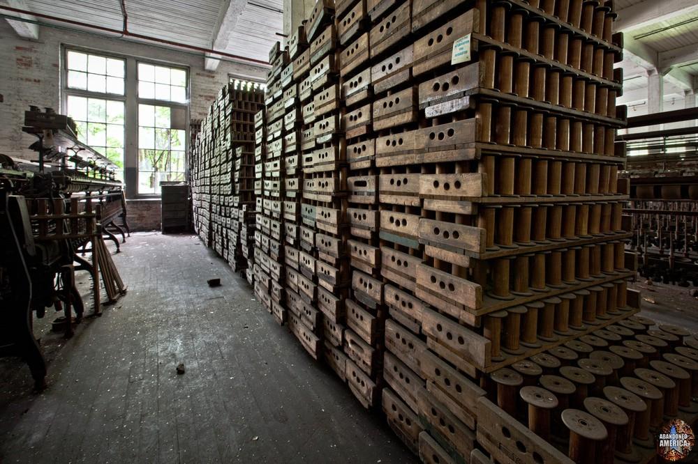Klotz Throwing Company (Lonaconing MD) | Bobbin Crates - Klotz Throwing Company
