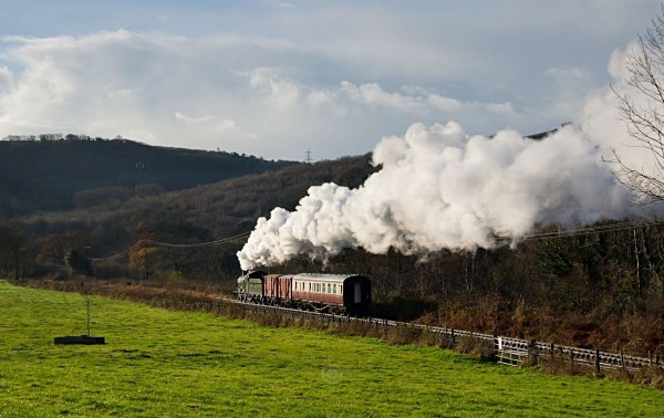 Heading away - The Lure of Steam