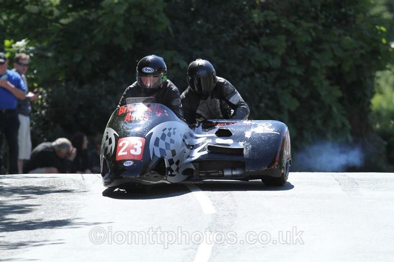 IMG_2388 - Sidecar Race 2 - TT 2013