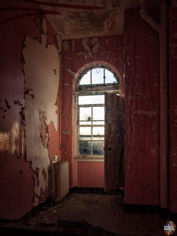 Sydenham/Montebello Hospital (Baltimore, MD) | Through Grimy Glass - Sydenham/Montebello Hospital