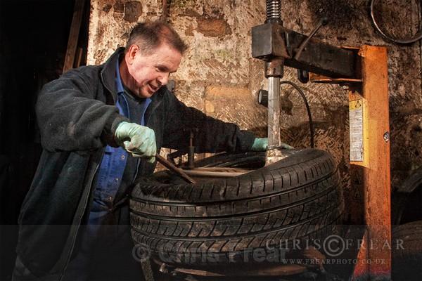 tyreshop03 - Worlds Smallest Tyreshop