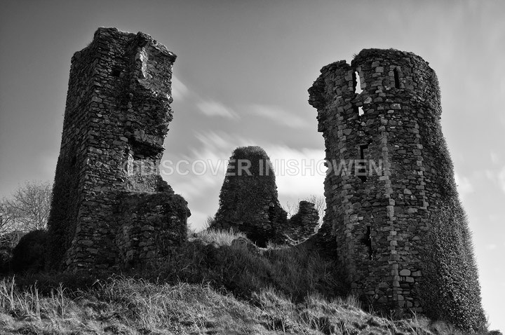 Northburg Castle - Inishowen peninsula- B&W