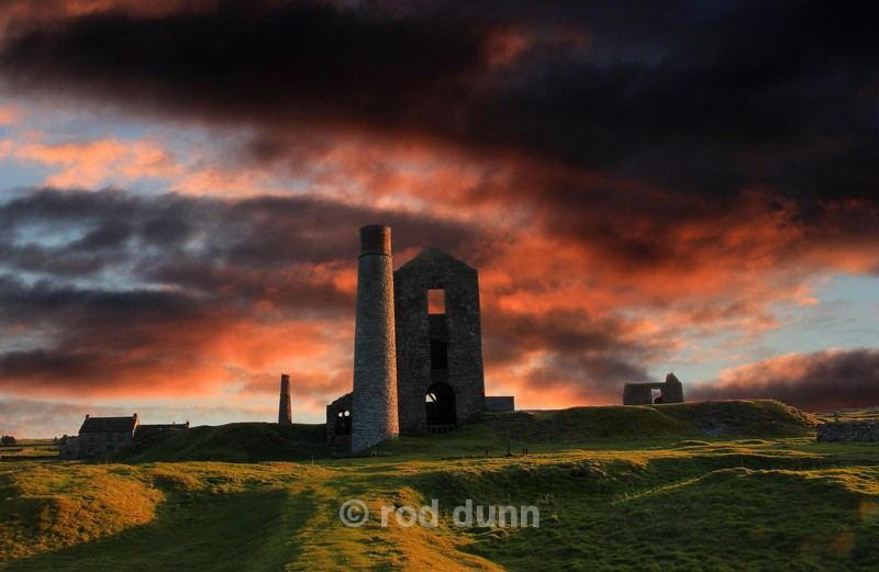 Sunset over the Magpie Mine - New Images