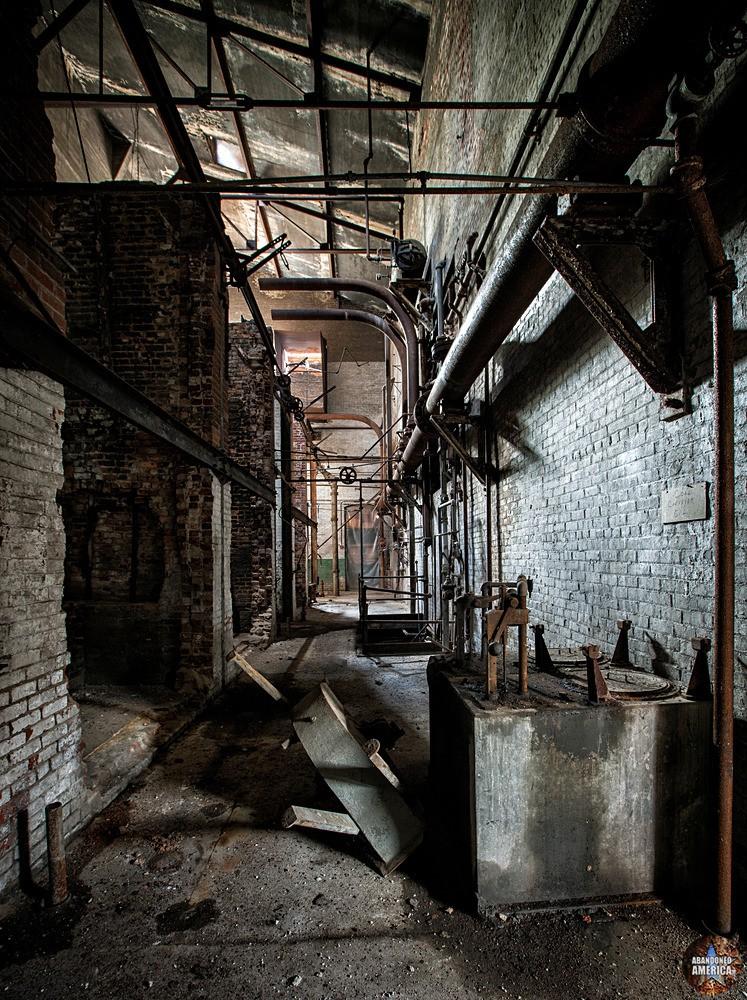 Simon Silk Mill, Easton PA: Power House   Abandoned America
