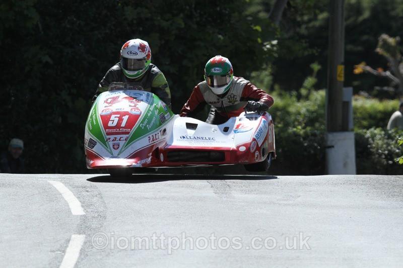 IMG_2423 - Sidecar Race 2 - TT 2013