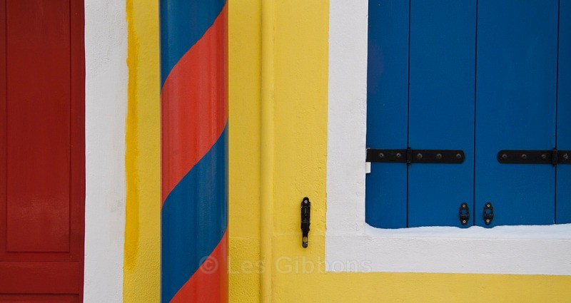 Burano - yellow house - Venice